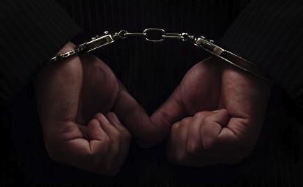 ВКиргизии задержали подозреваемых внаркоторговле полковников милиции