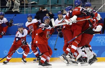 Сборная США похоккею разгромила словаков ивышла вчетвертьфинал Олимпиады