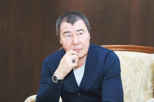 Отца Алины Кабаевой назвали тайным покровителем передела Москвы