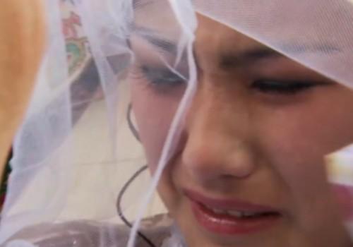 Ранний брак обернулся для 17-летней кыргызстанки психическим расстройством