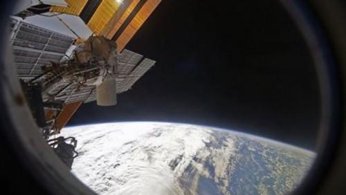 Российский космонавт опубликовал фото озера Балхаш из космоса