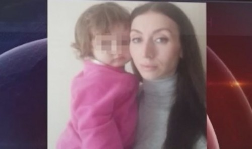 Казахстанка уже полгода не может вернуться домой из Турции