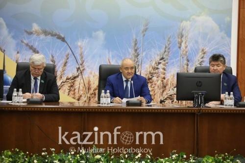 Умирзак Шукеев назвал монополию «Казгидромета» анахронизмом