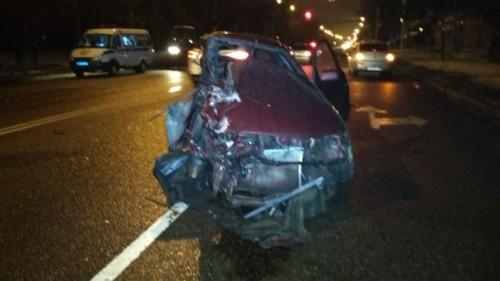 Водитель BMW X6 скрылся после жуткого ДТП в Алматы