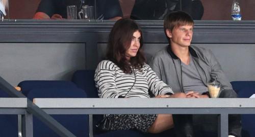 Дело против жены Аршавина: казахстанская модель рассказала подробности
