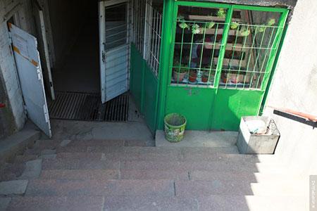 Арендаторов подземок Алматы переселят в ТЦ и на рынки