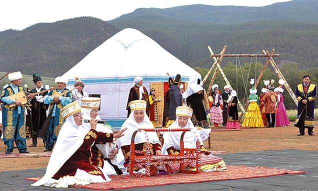 О забытых традициях и значении Наурыз мейрамы рассказал этнополитолог