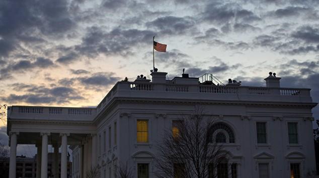 Высылка дипломатов знаменует предстоящее ухудшение отношений сРФ— Белый дом