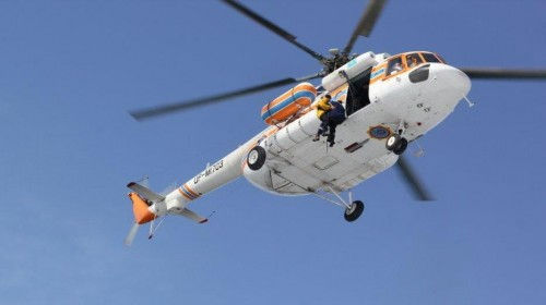 Спасатели ДЧС ВКО приходят на помощь по воде, по суше и с небес