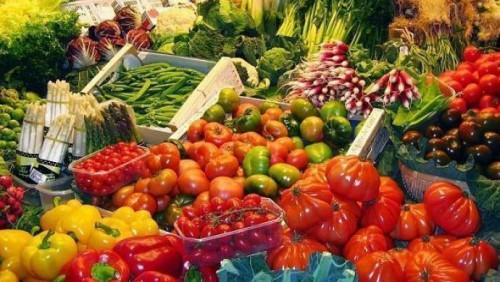 Сагинтаев поручил контролировать цены на продукты перед Наурызом