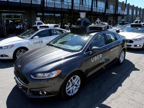В ДТП с беспилотным автомобилем впервые погиб пешеход в США