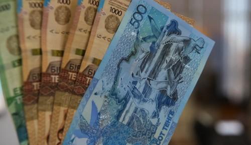 Нефть не спасет: при плохом раскладе Казахстан ждет курс - 370 тенге за доллар
