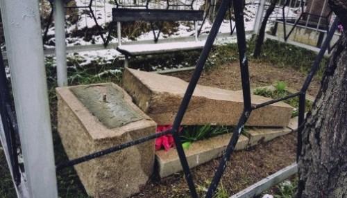 На полмиллиона ограбили могилы усопших кладбищенские вандалы в Усть-Каменогорске