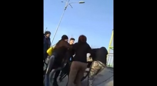 Мальчика на скейт-площадке избивала сотрудница детской больницы - полиция Костаная