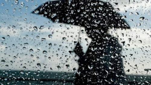 Погода на четверг: дожди, гроза и град
