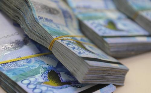 """Наступает большая налоговая неделя: бизнесменам Казахстана предстоит """"распечатать заначки"""""""