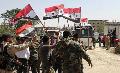 Центр по примирению: армия Сирии завершает освобождение района Ярмук в Дамаске