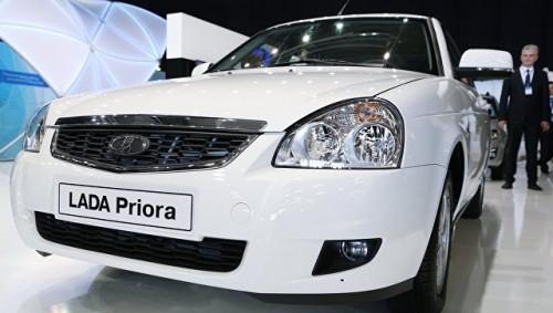 Чеченская молодежь сожалеет о прекращении производства Lada Priora