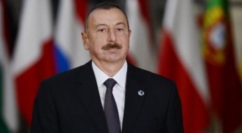 Ильхам Алиев помиловал двух казахстанцев