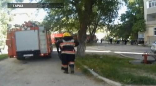 В Таразе в многоэтажке сгорела 5-летняя девочка