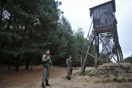 На Западной Украине вооруженные люди напали на пограничников