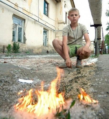 В Усть-Каменогорске предотвратили взрыв 9 газовых баллонов и АЗС