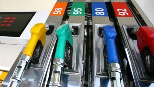 Д. Кривошеев: Цены за литр бензина в 185 тенге не избежать