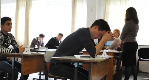 """Пробных тестов нет, но вы держитесь: к ЕНТ на английском готовятся """"вслепую"""""""