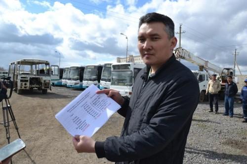 В Актобе водители «Автопарка» обратились к президенту с просьбой поднять тарифы