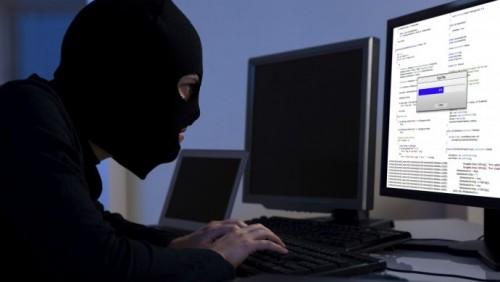 Хакер-шантажист крал пикантные фото казахстанок и просил за них выкуп