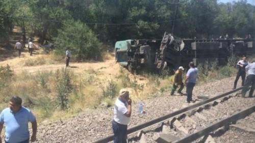 Обнародован список пострадавших при крушении поезда в Шу