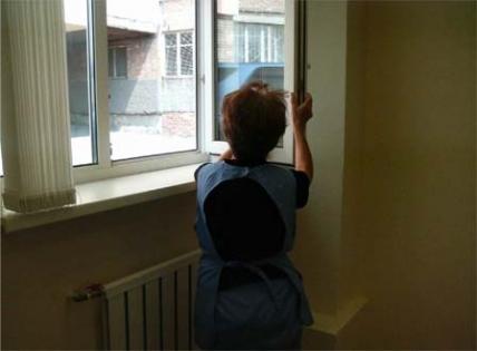 Девочка умерла от удара током, убираясь дома в Туркестане