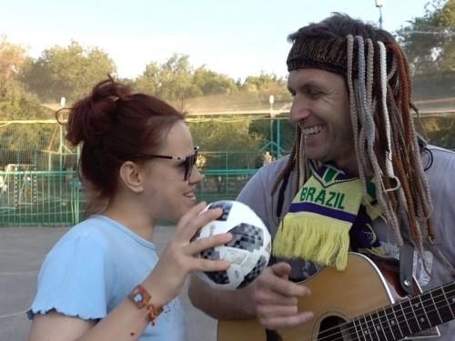 Футбол и музыка: казахстанцы сочинили песню про российский мундиаль (ВИДЕО)