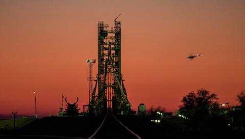 Космодром Байконур приостанавливает пуски, сообщил источник