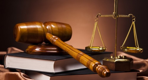 В Актобе проходит судебный процесс по делу сотрудников Управления госдоходов