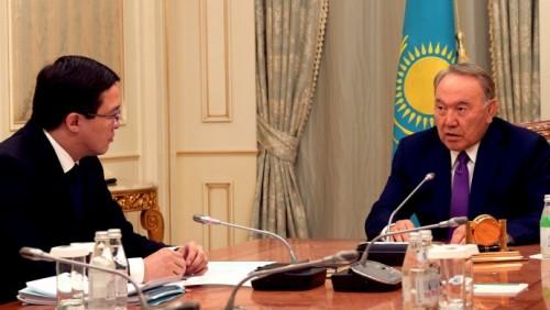 Акишев рассказал Назарбаеву об изменениях курса тенге