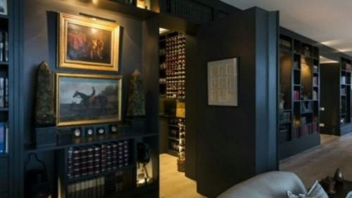 Владелец квартиры в Париже за 65 млн евро - неправительственный человек