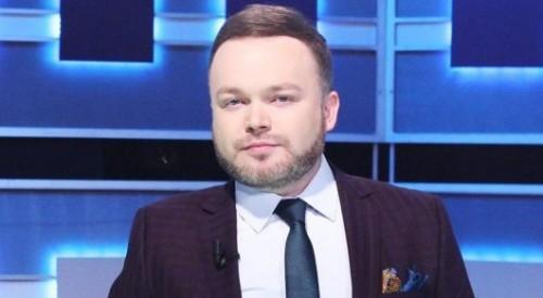 Покинувший Казахстан телеведущий Алексей Шахматов прокомментировал смерть Дениса Тена