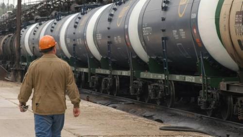 Приказ о временном запрете на ввоз бензина из РФ находится на согласовании в Минюсте