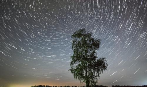 Зрелищный звездопад будет освещать небо несколько ночей
