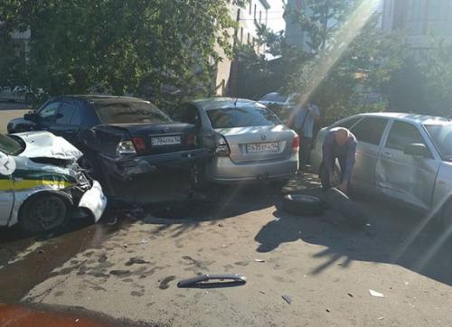 Пять авто столкнулись в Павлодаре