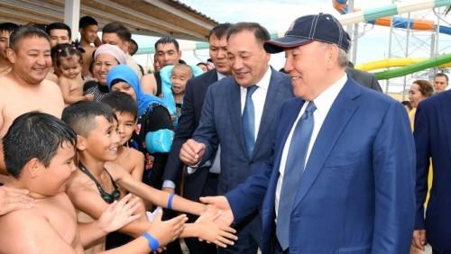 Назарбаев: Актау станет казахстанской Анталией