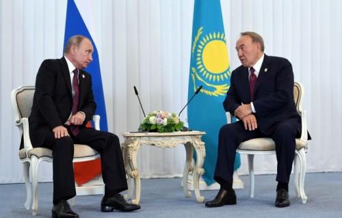 Назарбаев и Путин обсудили вопросы предстоящего межрегионального форума