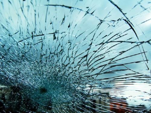 Пассажирский междугородний автобус врезался в грузовик в Туркестанской области