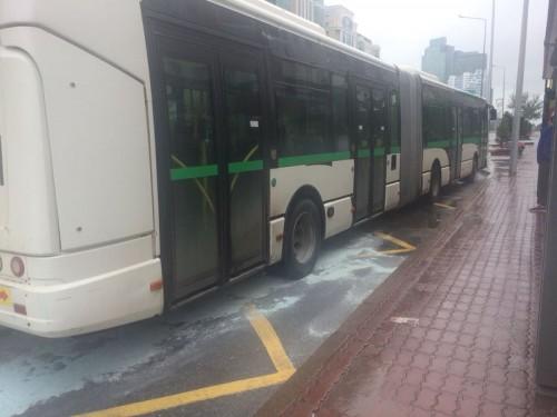 Рейсовый автобус с пассажирами загорелся в центре левобережья Астаны