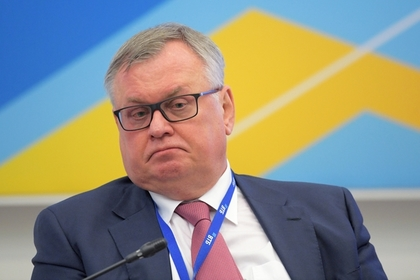Глава ВТБ придумал план из трех пунктов по отказу России от доллара
