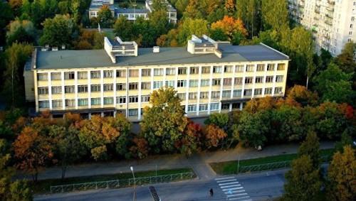 В Петербурге учительница ударила школьника и попала в больницу
