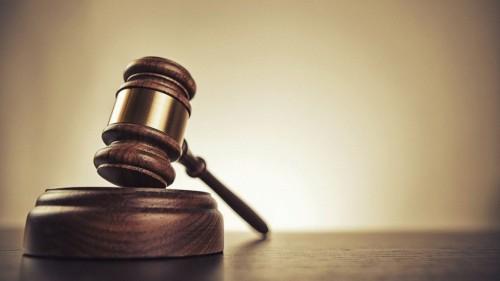 Дочь подала в суд на отца в Костанае