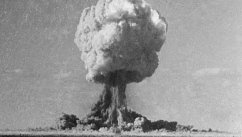 Ядерные испытания в Тихом океане. На Францию подали в суд