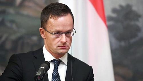 """""""Достигла дна"""": глава МИД Венгрии осудил политику Украины"""